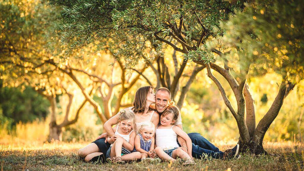 photographe famille magalas studio graou