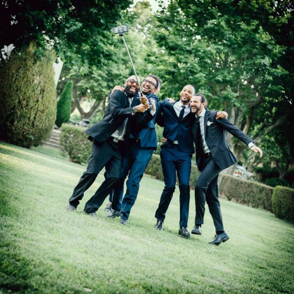 Selfie mariage originale au Château de Lignan - Studio Graou photographe mariage