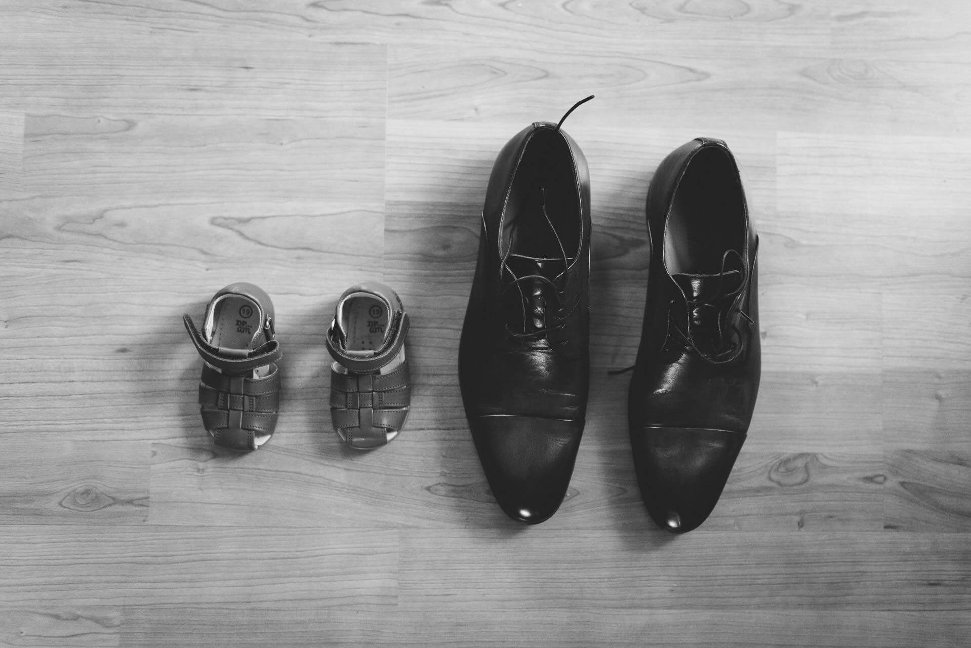 Chaussure de mariage enfant et papa - Studio Graou photographe Mariage