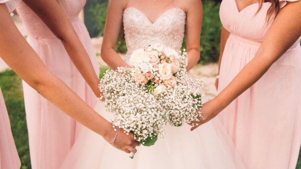 robe demoiselle honneur bouquet blanc identique studio graou