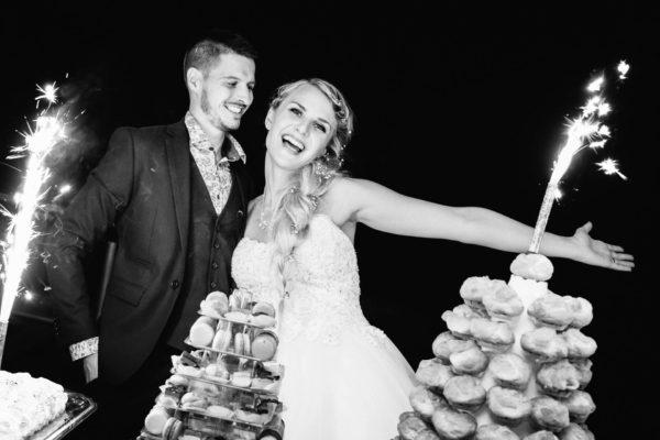 gâteau mariage par vatou traiteur au mas guilhem - studio graou