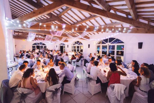 salle mariage interieur bergerie la vernède nissan-lez-enserune studio graou photographe