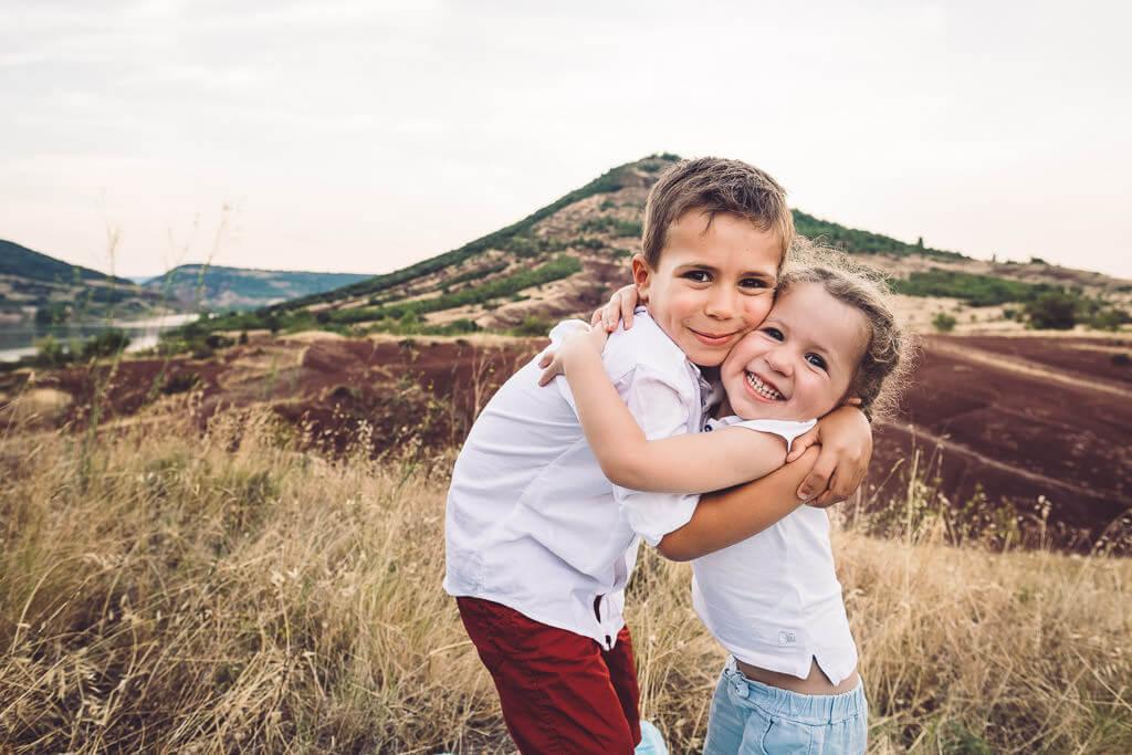 photographe famille marseillan studio exterieur