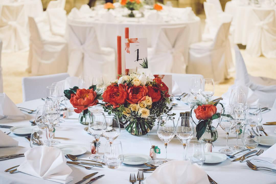 décoration de mariage abbaye de fontfroide studio graou